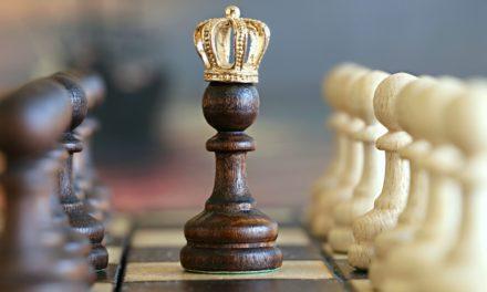 """Câu chuyện vị vua trẻ và tên trộm, bài học về """"Thủ nhu và thủ tĩnh""""-P2"""