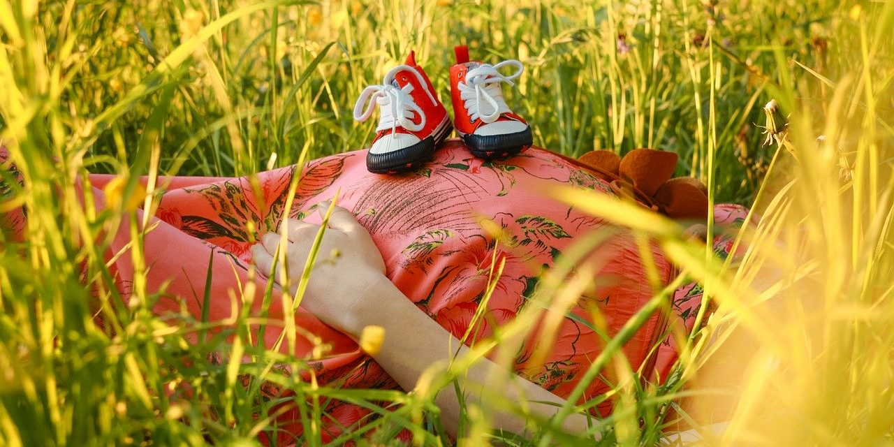 Những điều cần chú ý tới sức khỏe, chế độ ăn và tâm lý bà bầu